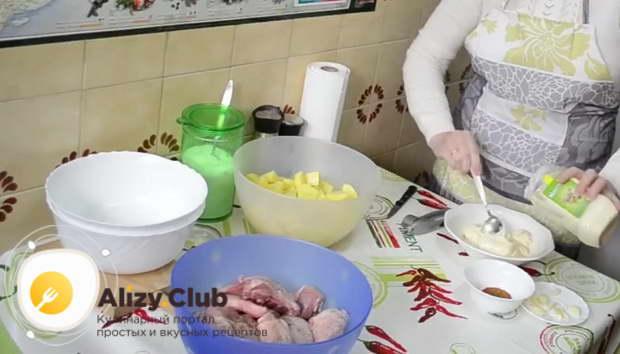 Маринад с майонезом и чесноком для окорочков в духовке