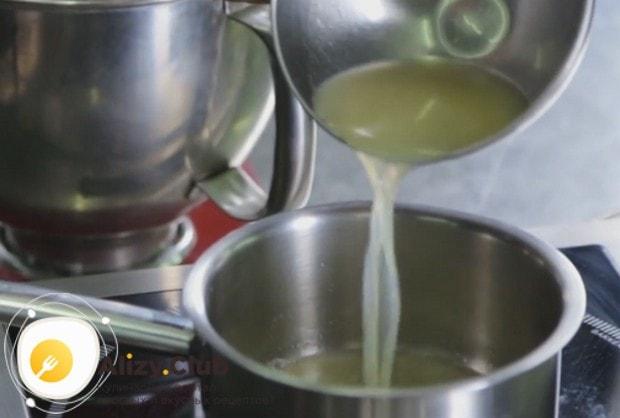 А вот еще один рецепт с фото, который пошагово поможет приготовить лимонный курд.