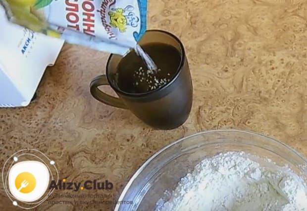 Такие пышные оладьи мы готовим на воде и соде.