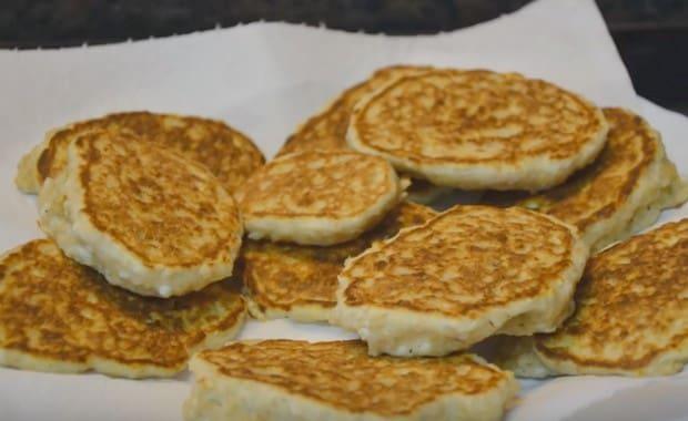 Пошаговый рецепт приготовления овсяных оладий с фото