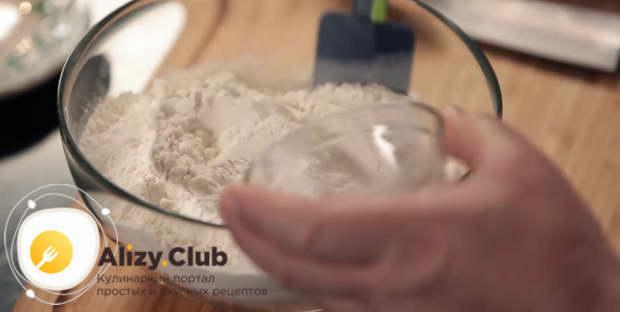 Пошаговый рецепт классического пирожного «Муравейник» с фото
