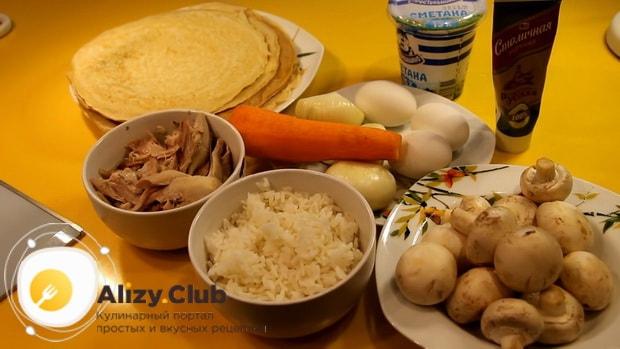Для приготовления курника классического с блинами по пошаговому рецепту приготовьте ингредиенты