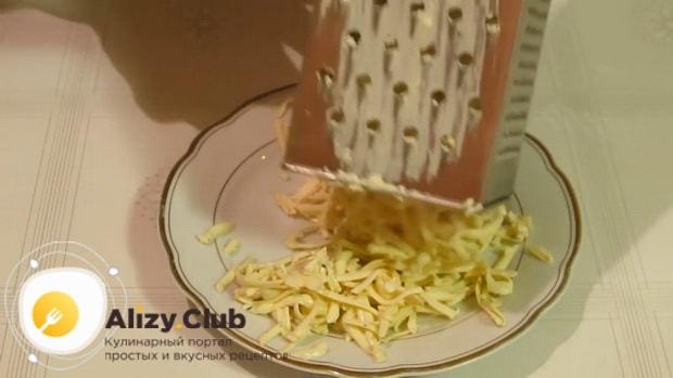 Готовим салат с кальмарами и грибами