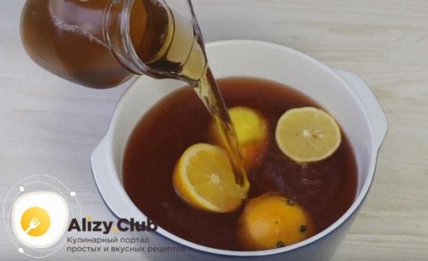 Затем добавляем фруктовый сок.