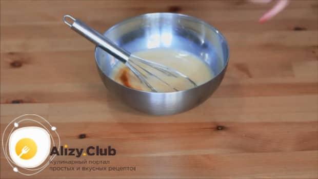Для приготовления блинов на рисовой муке подготовьте ингредиенты