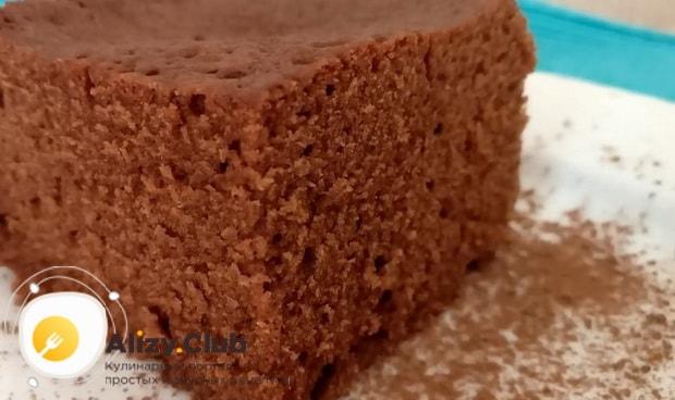 Для приготовления быстрого пирога в микроволновке подготовьте нужные ингредиенты