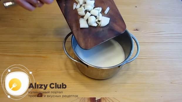 По рецепту для приготовления каннеллони, готовим соус