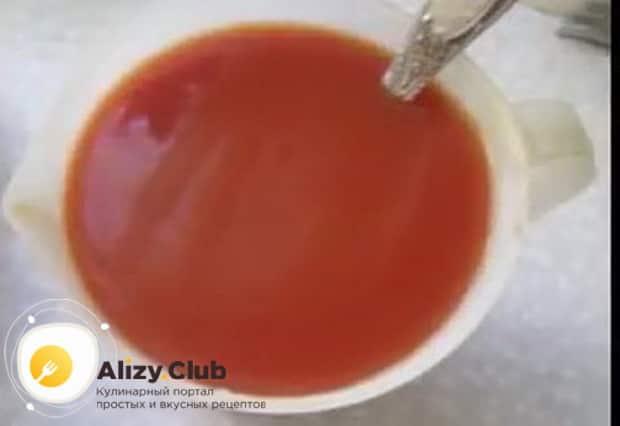 По рецепту для приготовления консервов из речной рыбы, готовим соус