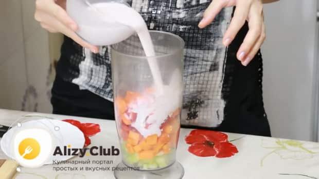 Для приготовления овощных смузи, соедините ингредиенты
