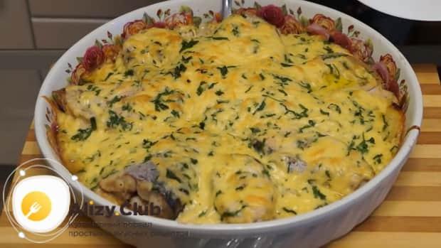 Для приготовления пангасиуса в духовке запеките сыр