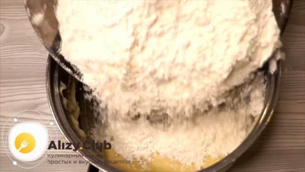 Готовим тесто на галушки