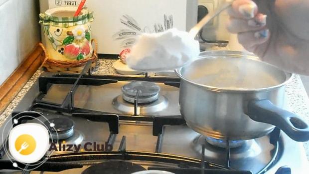Как приготовить молочный кисель для детей по простому рецепту