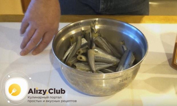 Предлагаем вашему вниманию простой рецепт приготовления жареной корюшки.