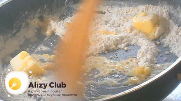 Приготовьте сметанный соус для голубцов по простому рецепту
