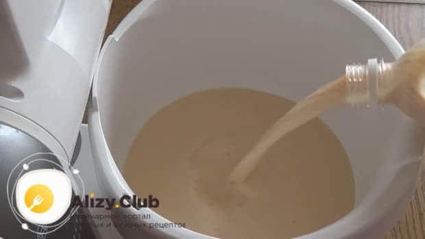 По рецепту для приготовления блинов на топленом молоке. приготовьте тесто