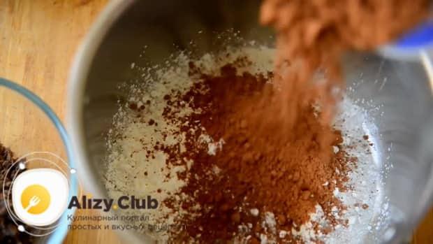 По рецепту для приготовления шоколадного пудинга. подготовьте ингредиенты