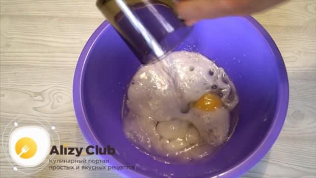 Готовим эластичное домашнее тесто на пельмени на минеральной воде.