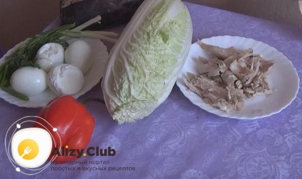 Как приготовить вкусный салат с пекинской капустой и курицей по пошаговой фото инструкции