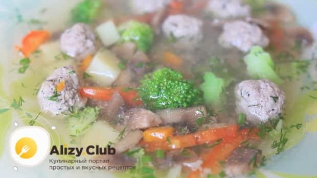 Для приготовления супа с фрикадельками для детей подготовьте ингредиеты