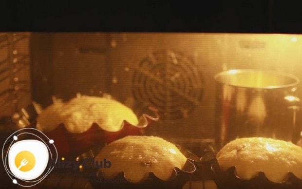 Отправляем формы с заготовками в духовку.