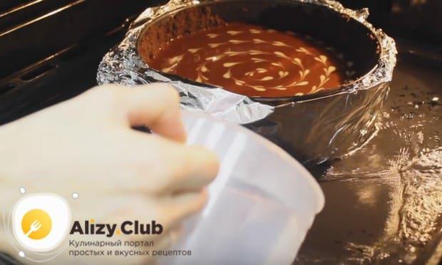 По этому рецепту с фото мы готовим шоколадный чизкейк с выпечкой.