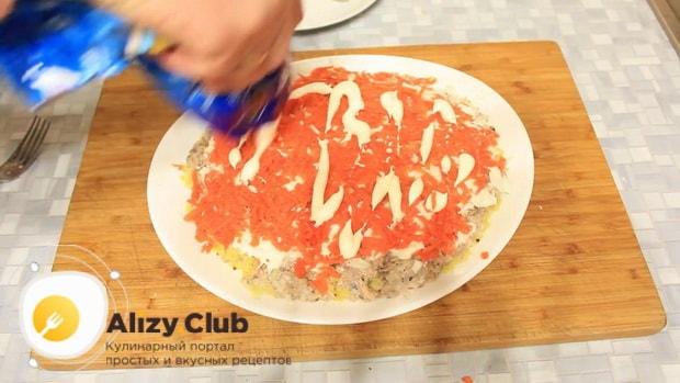 ля приготовления салата мимоза с сайрой, натрите морковь