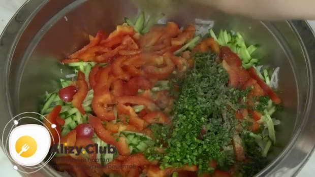 салат с дайконом рецепт с курицей