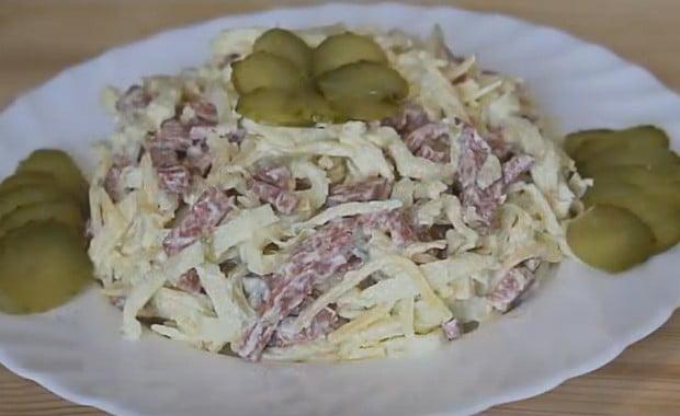 Пошаговый рецепт приготовления салата с блинами