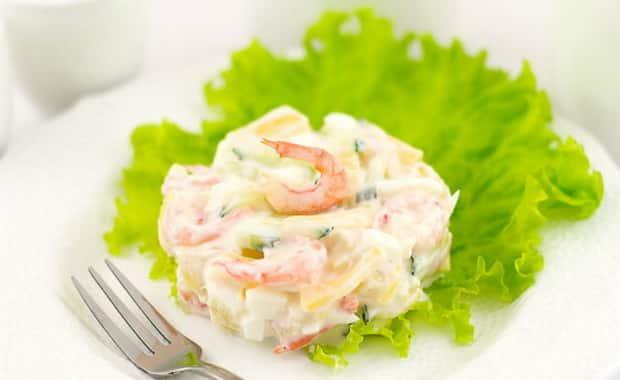 Как приготовить салат с креветками и ананасом по пошаговому рецепту с фото