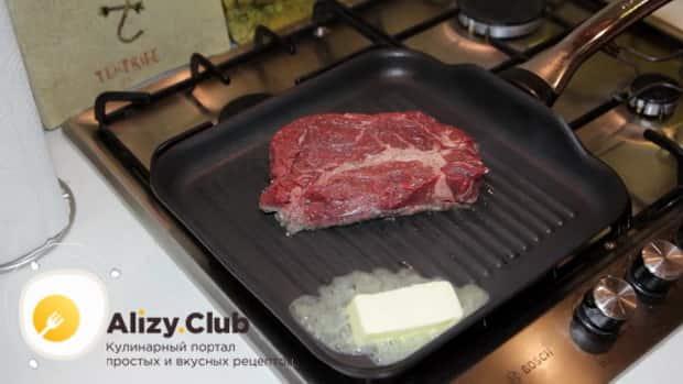 Для приготовления чак ролл стейка добавьте сливочное мясо