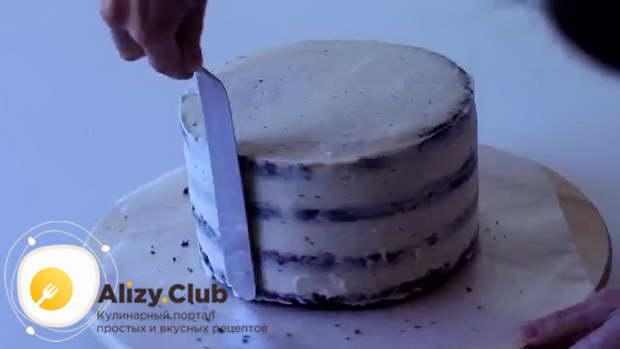 Ставим торт на 10 минут в холодильник