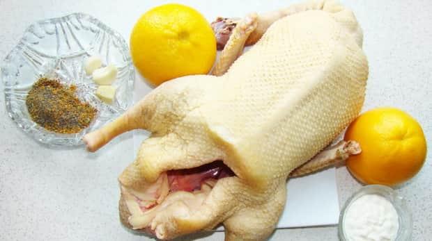 Все о том как приготовить утку с апельсинами в духовке