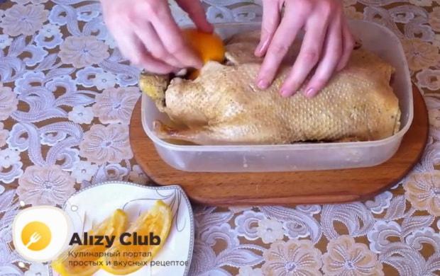 Как готовится утка с апельсинами в духовке в фольге