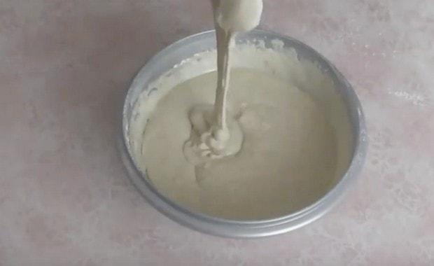 Как приготовить жидкое (заливное) тесто для пирога по рецепту с фото