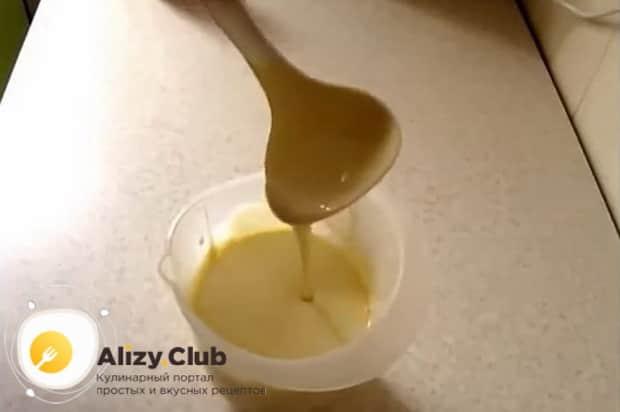 Для приготовления жидкого теста на майонезе для любой выпечки, подготовьте все необходимое