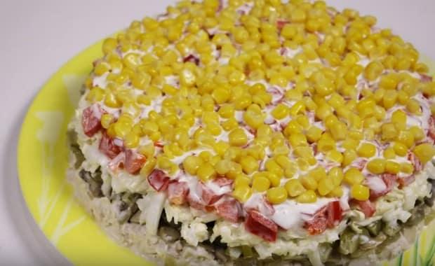 Как приготовить классический зимний салат по пошаговому рецепту с фото