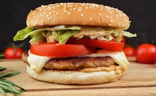 Пошаговый рецепт приготовления чизбургера с фото