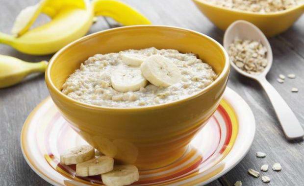 Пошаговый рецепт приготовления геркулесовой каши на молоке с фото