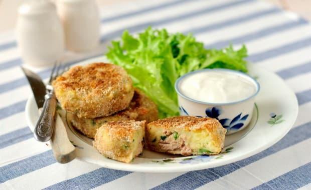 Смотрите как приготовить картопляники по простому рецепту