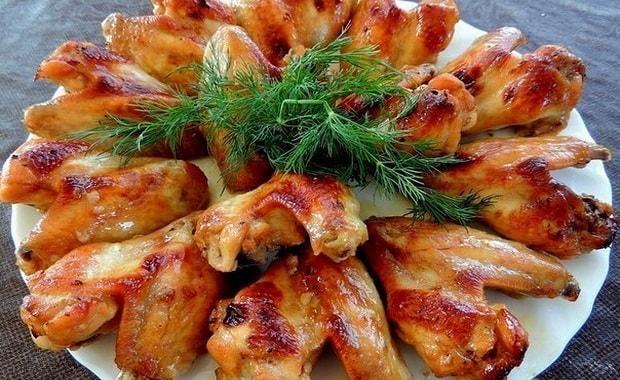 Как приготовить крылышки в медово-соевом соусе
