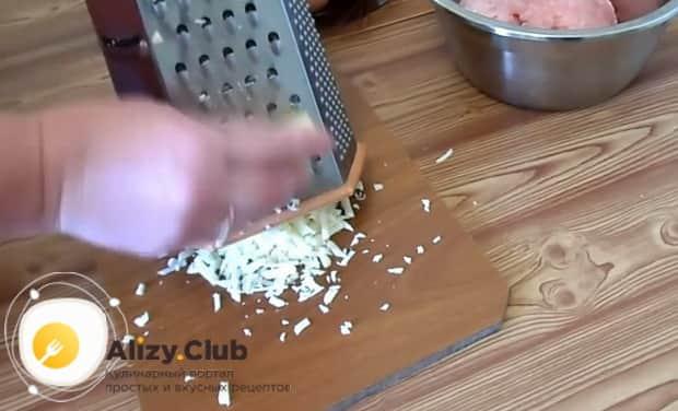 Готовим рубленные оладьи из куриной грудки