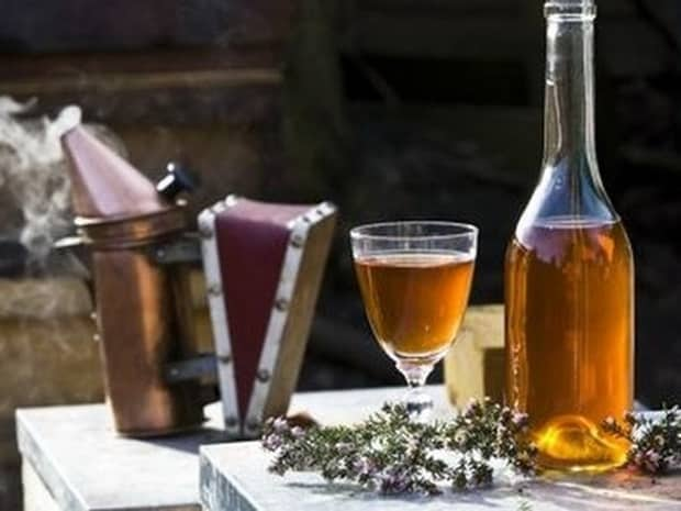 Приготовьте медовуху в домашних условиях по простому рецепту