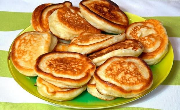 Пошаговый рецепт приготовления оладий без яиц с фото