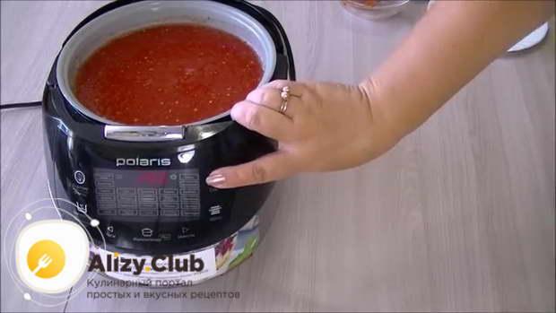 Нажимаем кнопку «Старт» и готовим соус табаско при открытой крышке