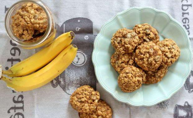 Пошаговый рецепт приготовления овсяного печенья с бананом
