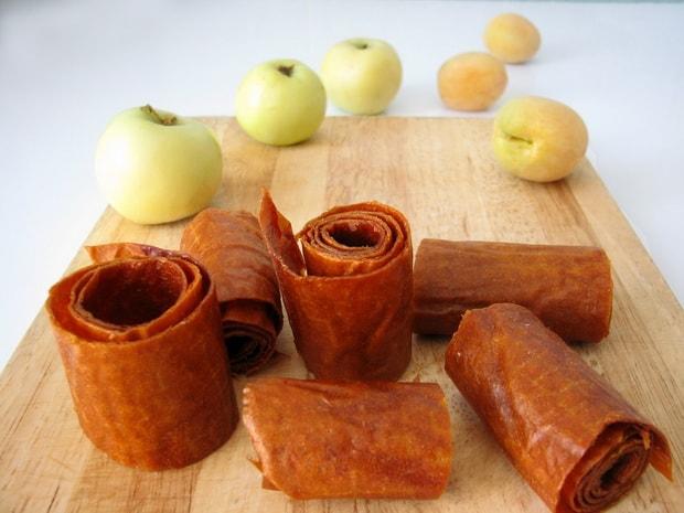 Для приготовления пастилы из яблок подготовьте ингредиенты