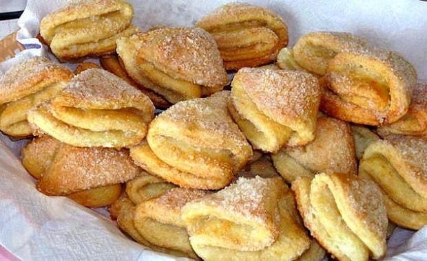 Приготовьте творожное печенье треугольники с сахаром