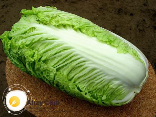Пошаговый рецепт приготовления салата с пекинской капустой и курицей