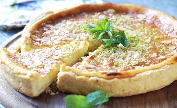 Пошаговый рецепт приготовления пирога со сгущенкой
