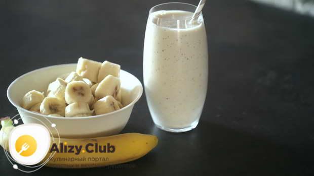 с чем подавать молочный коктейль с бананном